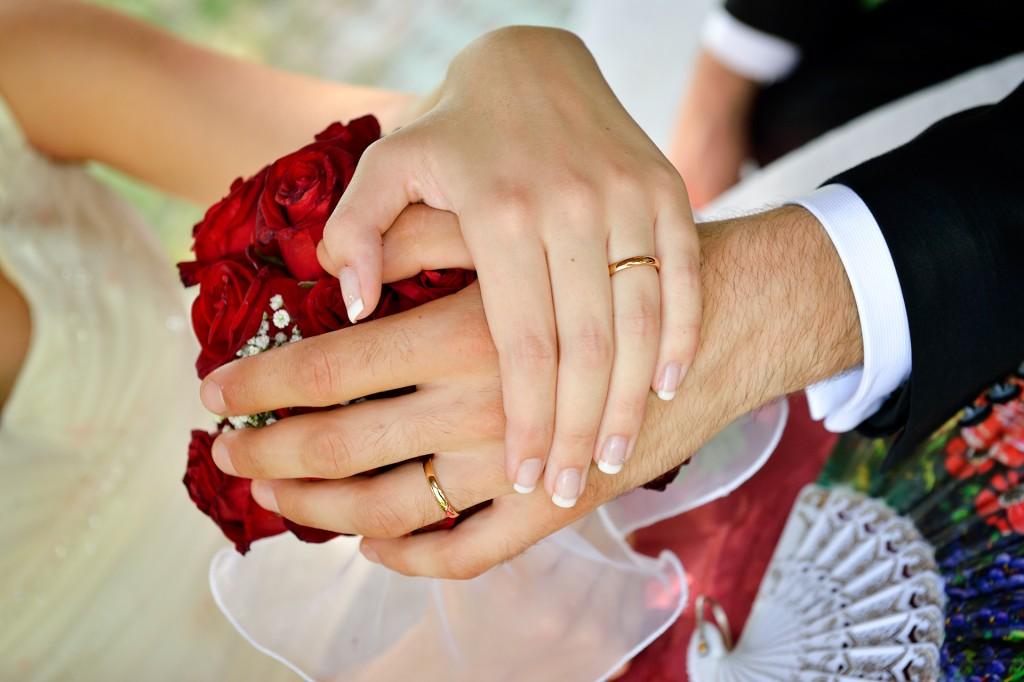 Auguri Matrimonio Bellissimi : Fedi nuziali quando come e dove acquistarle